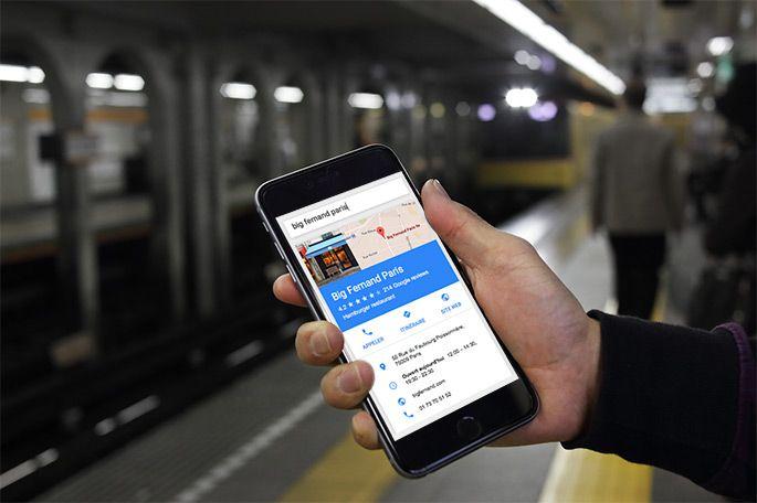 Smartphone affichant recherche locale